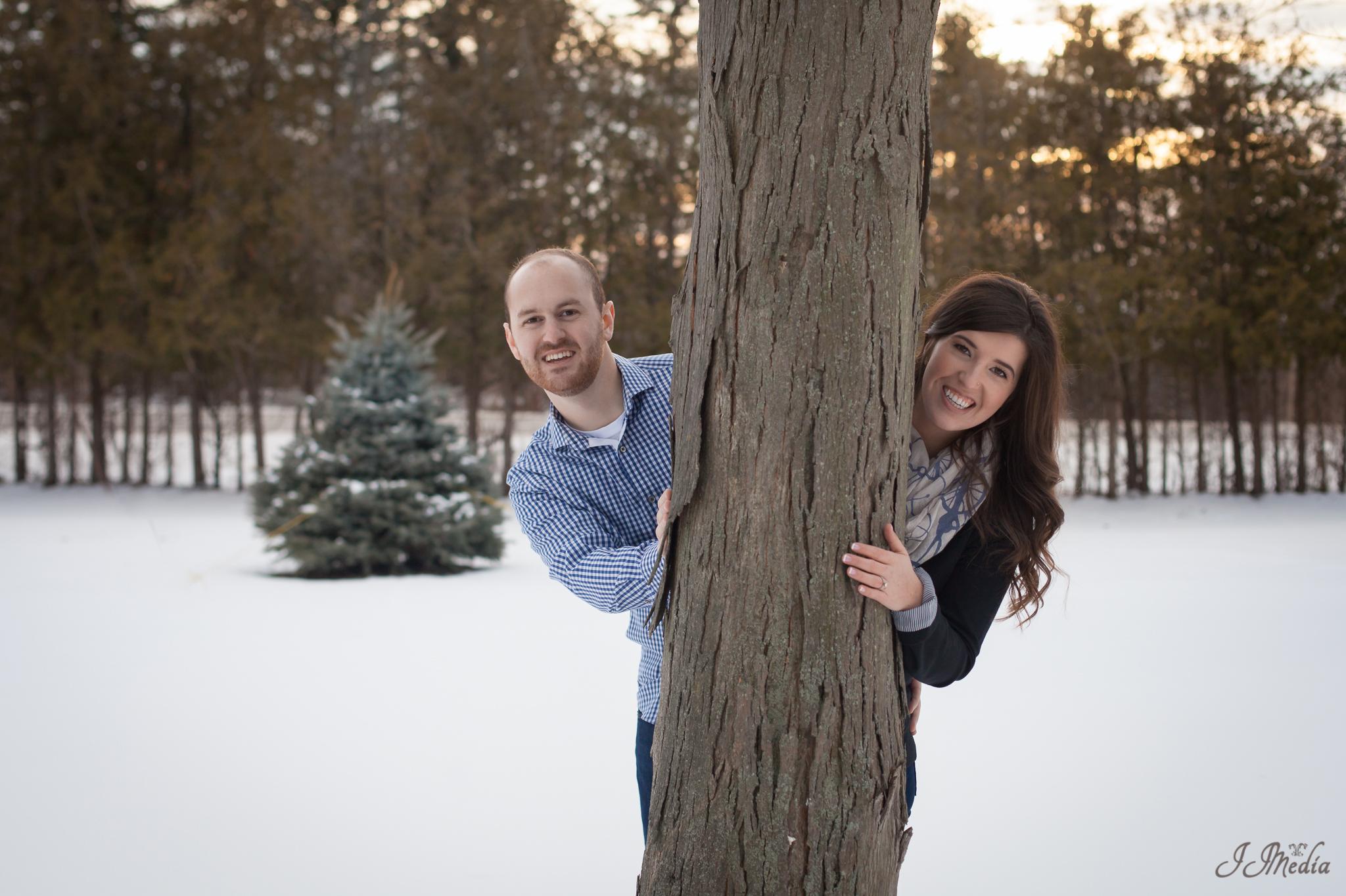 Winter-Engagement-Photos-JJMedia-28