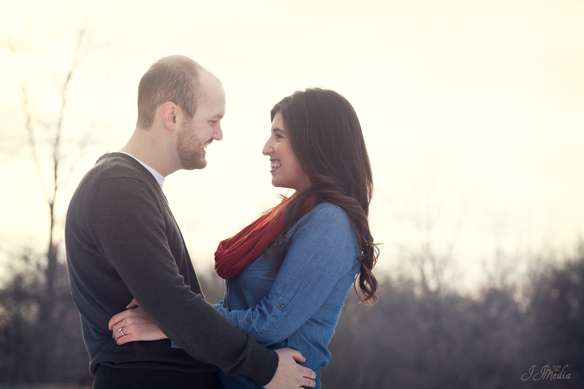Winter-Engagement-Photos-JJMedia-4