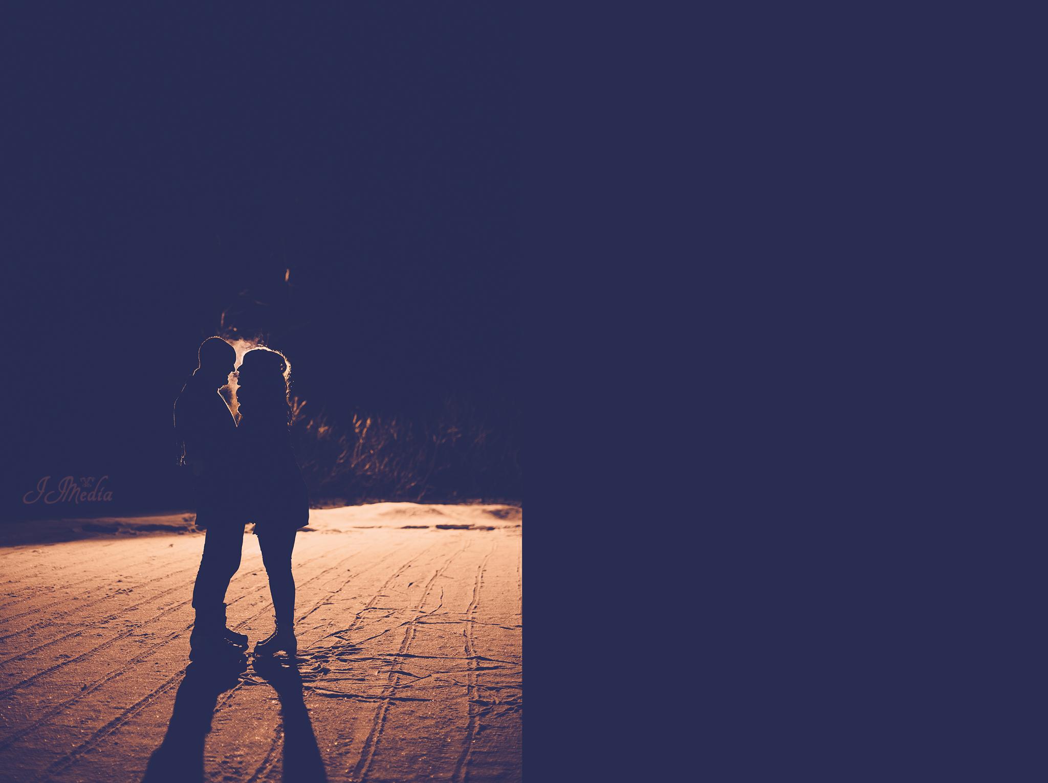 Winter-Engagement-Photos-JJMedia-48