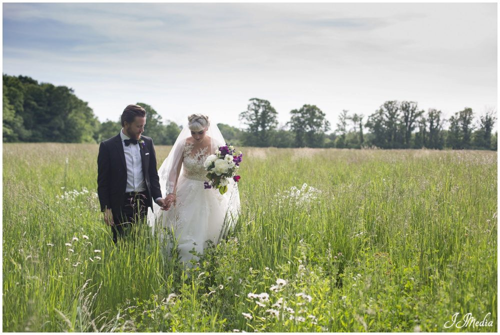 Caroline and Cameron, Compass Rose Wedding